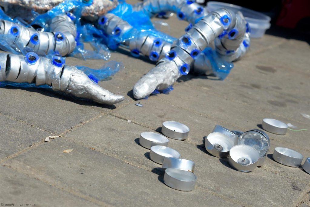 נרות שבת להבונים בשימוש חוזר. פיסול תמנון כחול הטבעות אמנות אקולוגית למען בעלי החיים