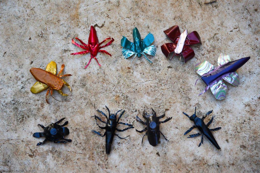 פיסול חרקים מקפסולות של קפה - אמנות אקולוגית  ECO ART