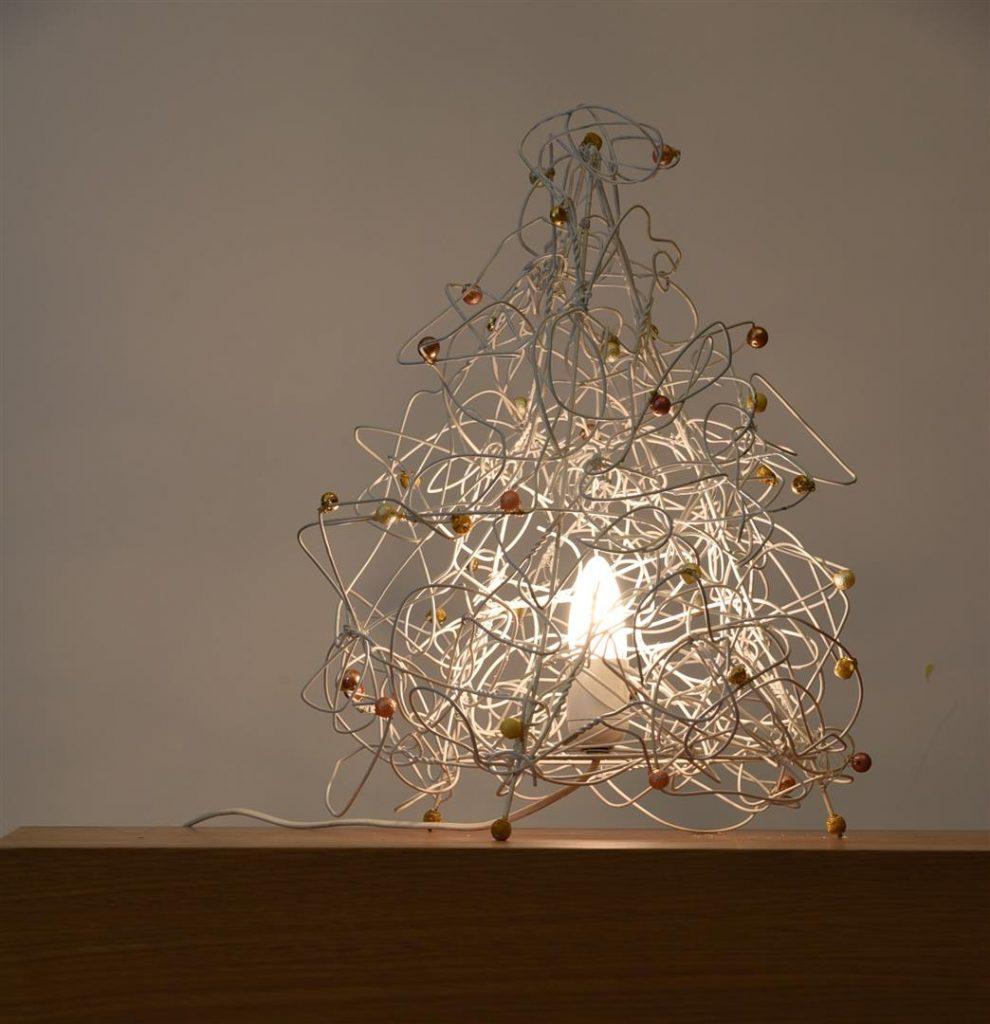 מנורה דקורטיבית מקולבי מתכת בשימוש חוזר - ECO ART
