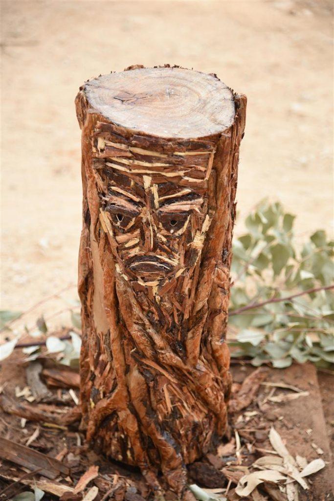 אמנות אקולוגית למען הפחתת כריתתם של העצים בטבע - eco art