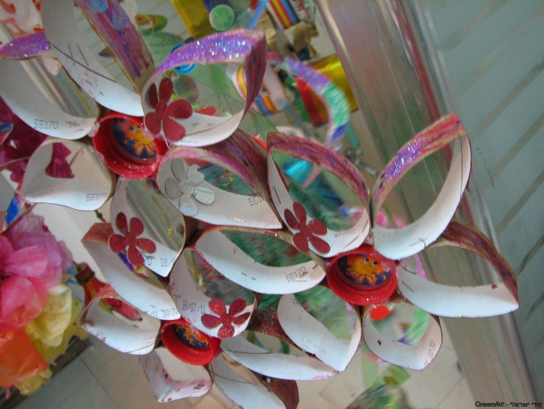 פרחים מגלילי נייר טואלט קישוטים לסוכות