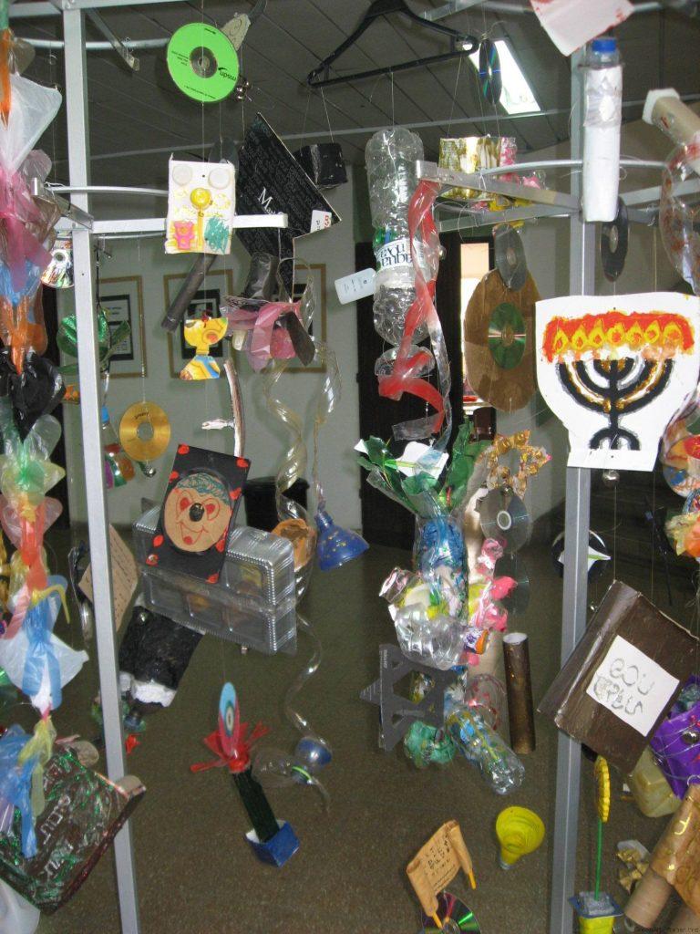 פיסול סביבתי -יצירות המסמלות את חגי ומועדי ישראל