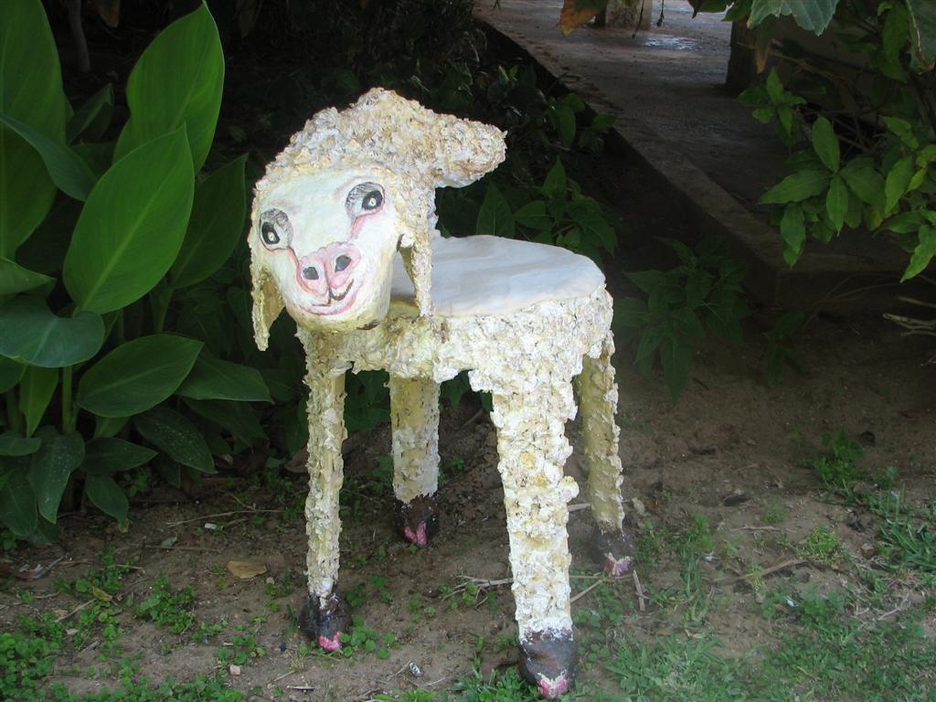 הכבשה התמה - פיסול משימוש חוזר בגרוטאות