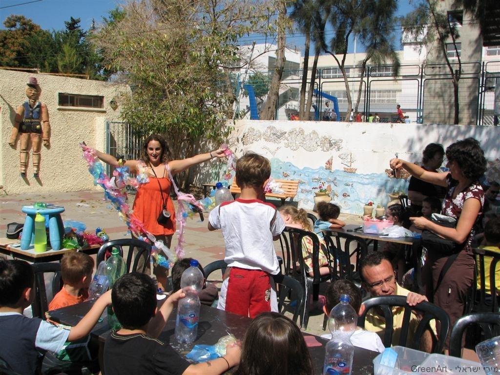 סדנת יצירה סביבתית במתנס רמת השרון עם הקהילה