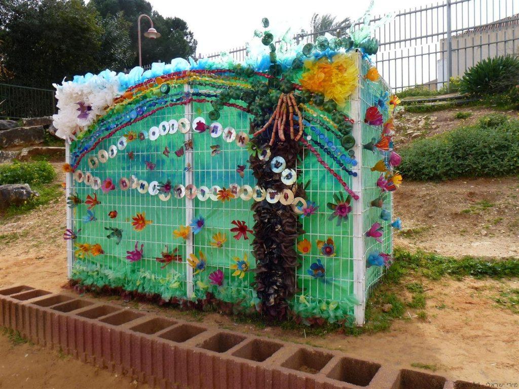כלוב הברזל שהפך ליצירה אומנותית סביבתית