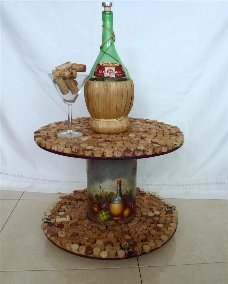 חידוש גליל עץ לשולחן נייד מצופה פקקי שעם