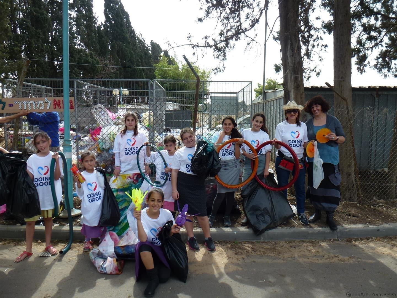 תלמידי בית ספר הראל החטיבה הירוקה בפעילות בשטח
