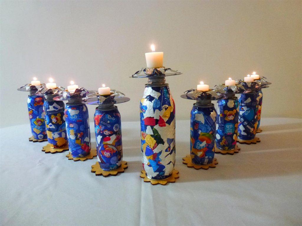 חנוכייה זוהרת מחומרים בשימוש חוזר ECO ART - Menorah made from recycled materials