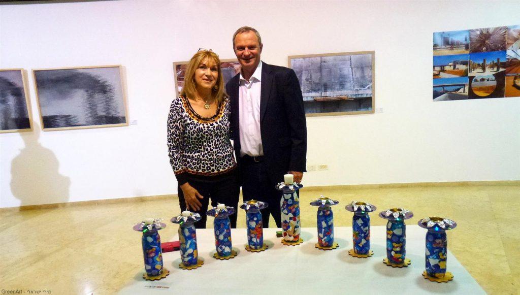 ראש עיריית רעננה זאב ביילסקי באירוע הפתיחה לתערוכת בועה ברעננה