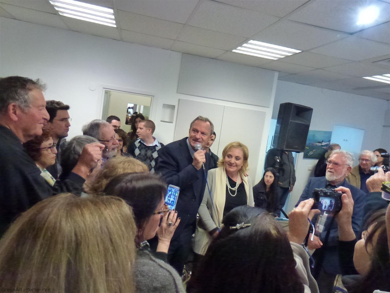 ראש העיר זאב ביילסקי וסגניתו רונית ויינטראוב באירוע הפתיחה לתערוכה