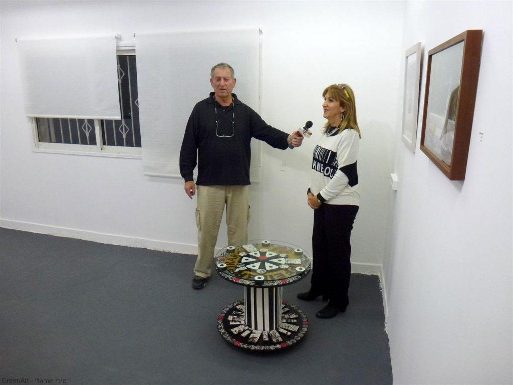 ראיון לטלביזיה לערוץ המקומי על פתיחת בית מוזה והיצירה שלי המוצגת בתערוכה