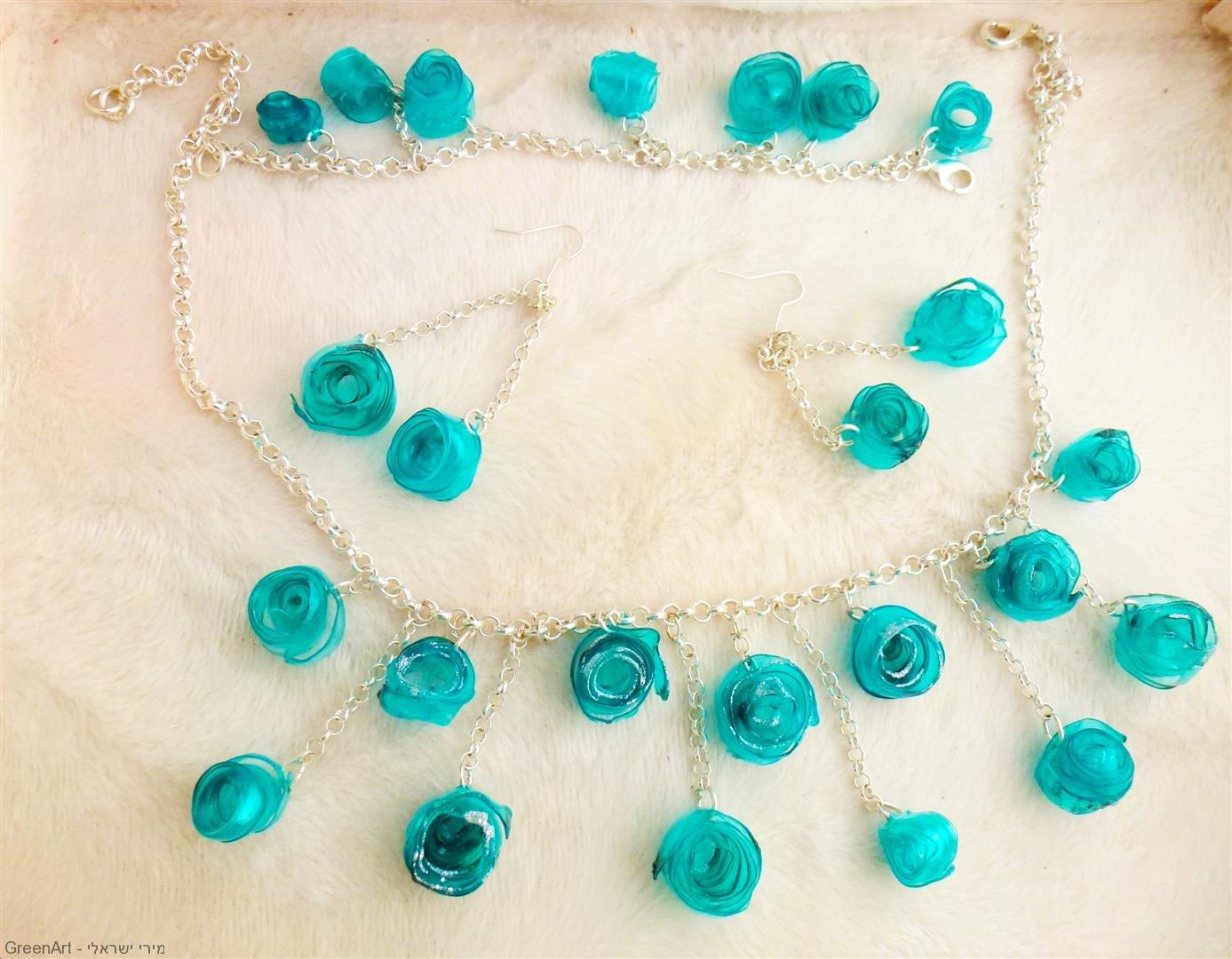 תכשיטים אקולוגיים מבקבוק פלסטיק צבעוני בשימוש חוזר Jewelry ecological
