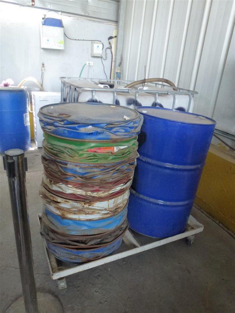 דחיסת פסולת לצימצום נפחים והפרדה