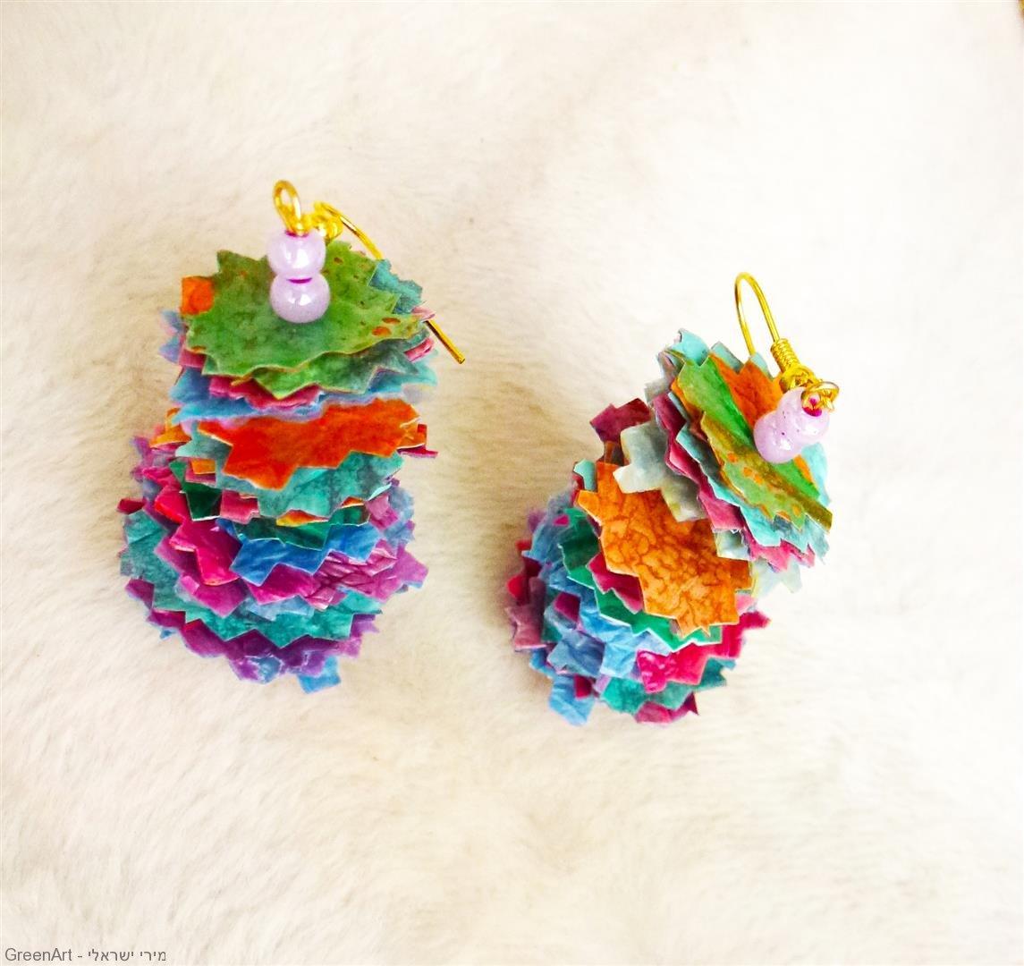תכשיטים ייחודים ומקוריים שעיצבתי משקיות ניילון צבעוניות