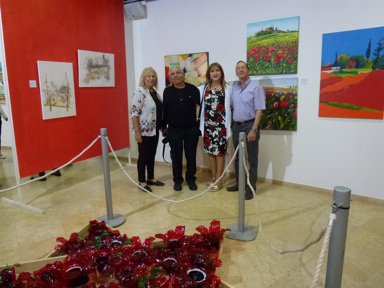 עם חברינו יוסי באירוע הפתיחה לתערוכה