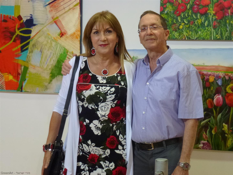 עם אישי היקר  באירוע הפתיחה לתערוכת אמני מוזה רעננה