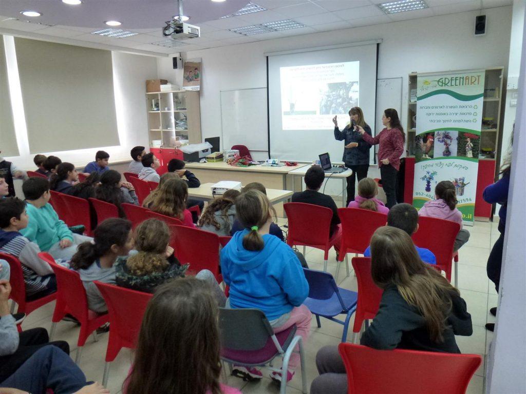 הרצאות לתלמידים בנושא חינוך, תרבות וסביבה במסע עולמי מעורר השראה