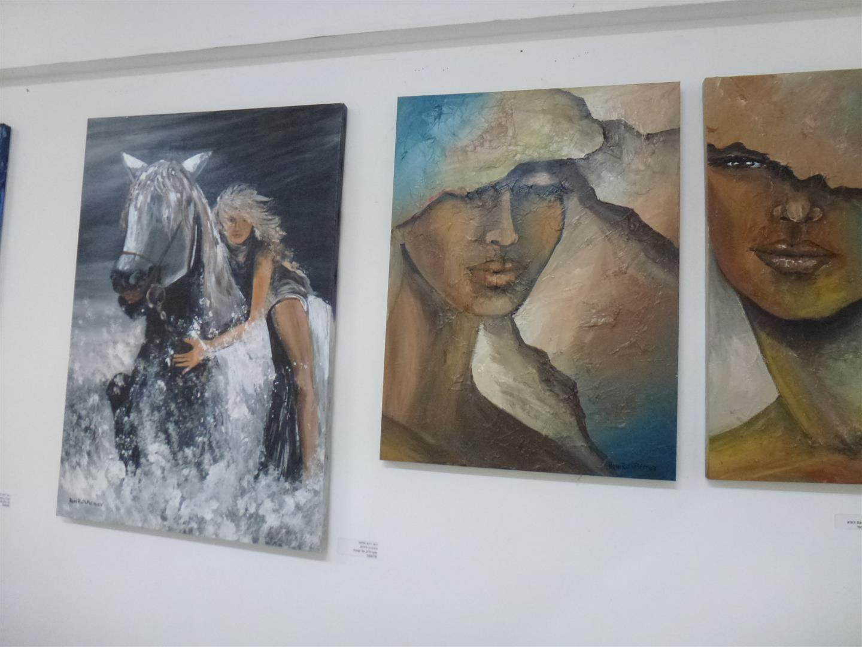 יצירות של אמנים המציגים בתערוכה האקטיבית אביב 2017
