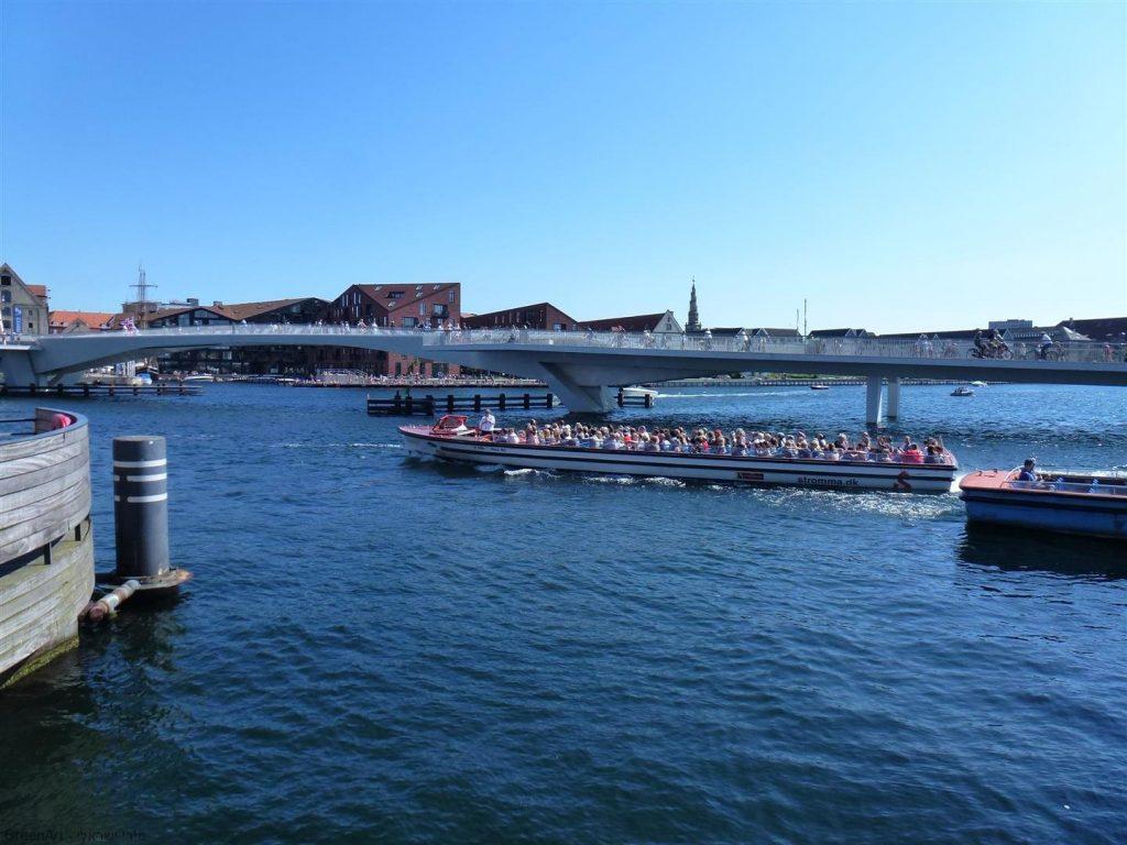 גשרים מרהיבים מעל תעלות העיר קופנהגן