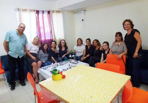"""סדנת יצירה ירוקה למוביילים מנגנים ב""""אחוזת הילדים"""" בחיפה"""
